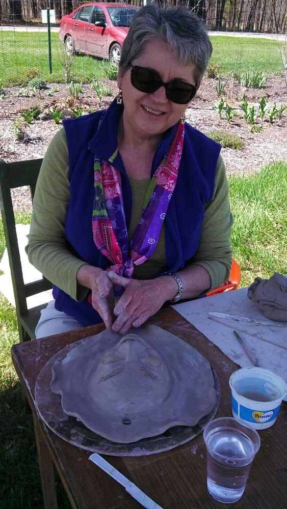 Artist Kate Suanders