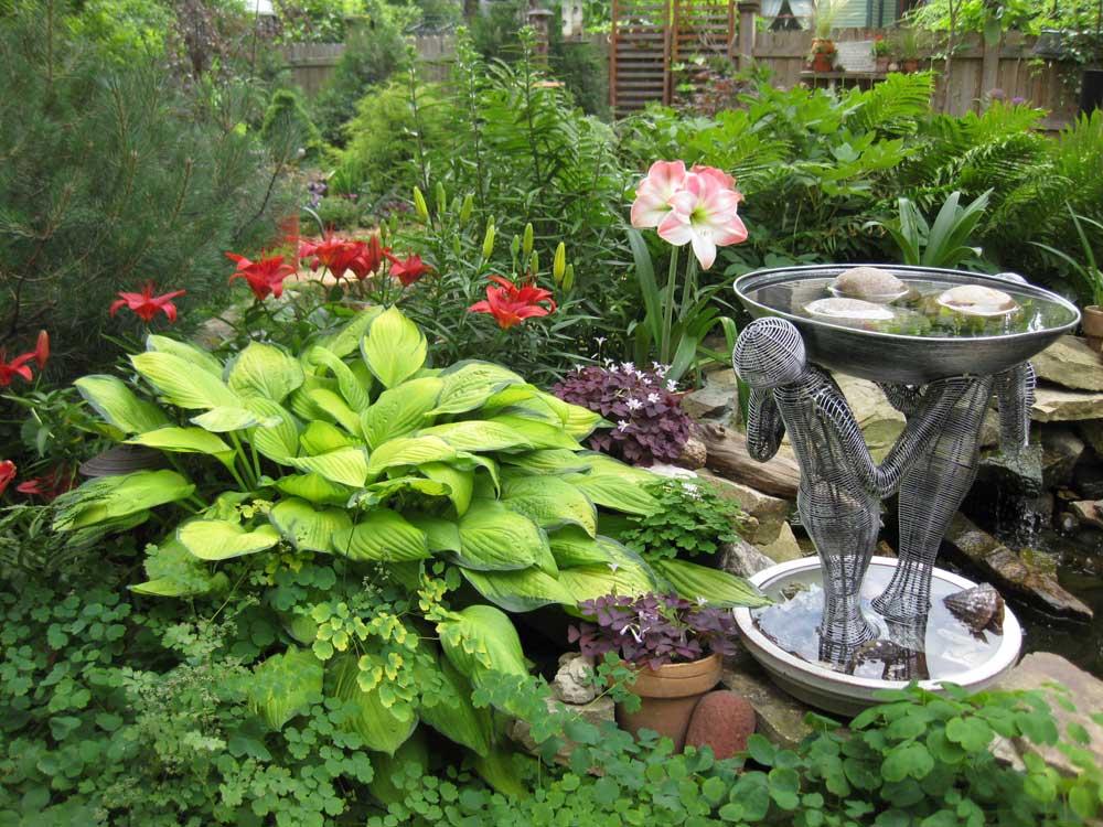 Graziano Gardens Garden Art Details
